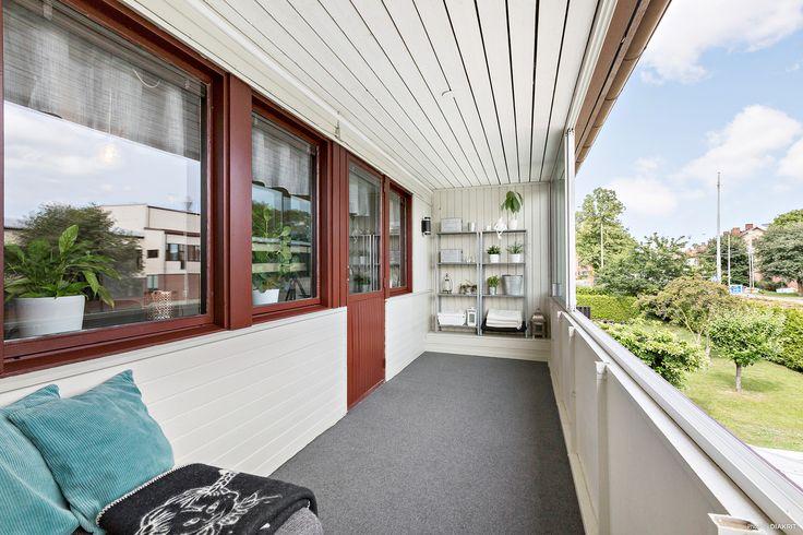 Balkong mellanvåning
