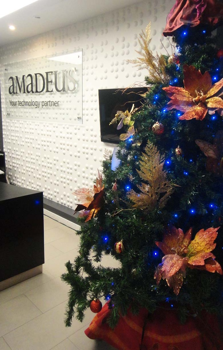 Amadeus colombia amadeus holiday decorations pinterest for Amadeus decoration