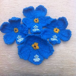 Knitted Forget Me Nots adapted for Dementia Awareness Week