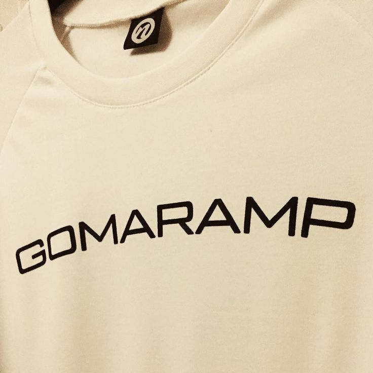 Local twist on our white raglan top!  GOMARAMP - #goma #ramp #kristiansund #norge Only available in our #Showroom in Hauggata 25!   Find out more at www.northfitness.no