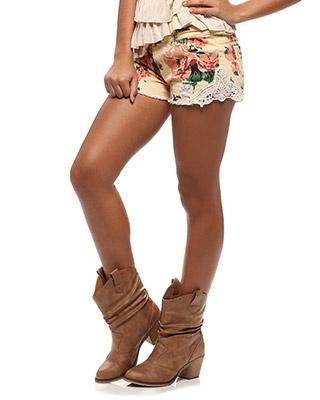 als ik dan ook die bruine benen mag hebben :)