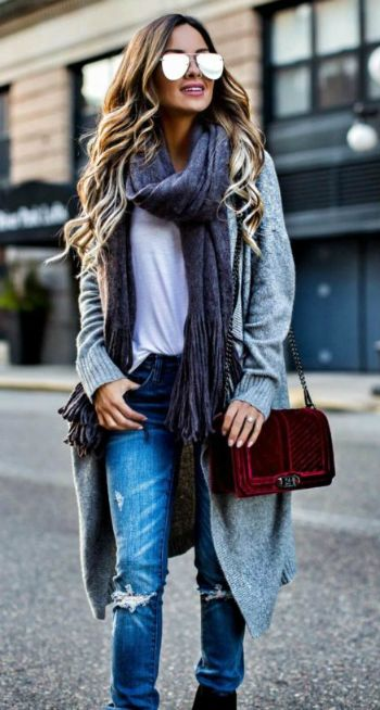Long cardigans + Maria Vizuete + classic cashmere cardi + denim jeans + plain white tee + laid back + casual style + oversized scarf  Scarf: Free People, Cardigan: Nordstrom, Bag: Rebecca Minkoff.