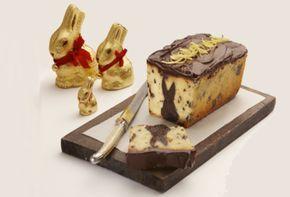 Gâteau au citron renfermant un lapin au fudge   Recettes   L'Univers de Lindt   Lindt Canada FR
