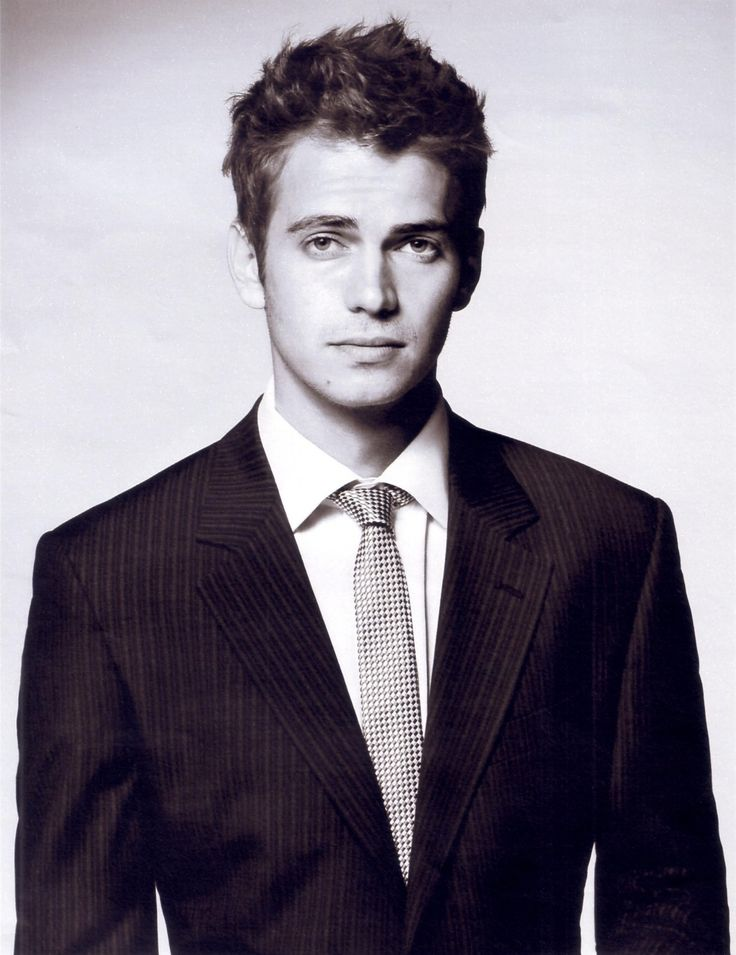 Hayden Christensen, he looks very hot in a suit. This is what my imaginary boyfriend looks like