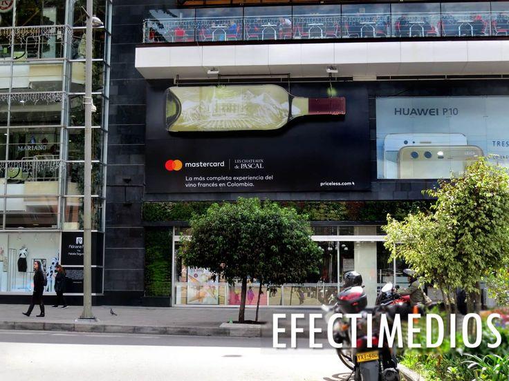 Campaña realizada en exclusivo sector de Bogotá con importante flujo de vehículos y peatones en disposición de diversión, entretenimiento y compras. #ideasefectivas #publicidadcreativa #impactandoaudiencias