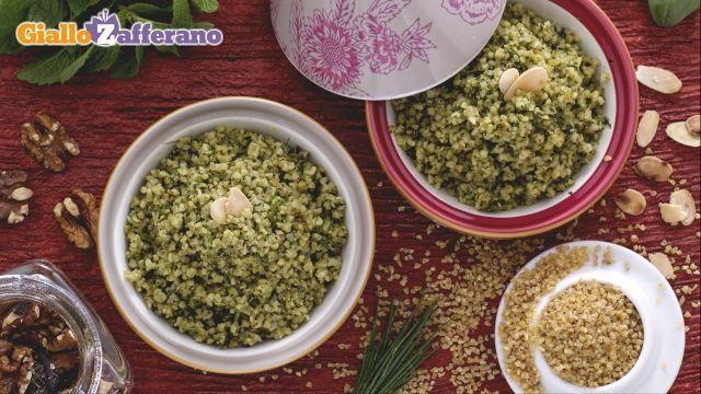 Ricetta Bulgur con pesto di erbe fresche e noci - Le Ricette di GialloZafferano.it