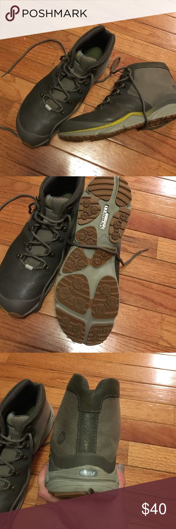 Merrell Boulder Hiking Boot 10.5 Tan Men's Merrell Boulder Hiking Boot 10.5 Tan Men's worn 2 times.  No box. Merrell Shoes Boots