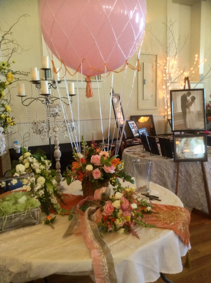 Hot air balloon centerpiece weddings by alton florist for Balloons arrangement decoration