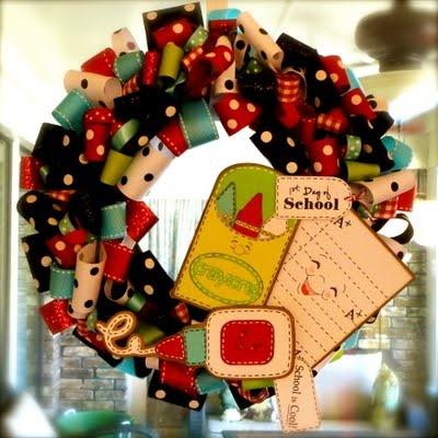 1st day of school wreath for teacherLauren Creative, Teachers Gift, Crafts Ideas, Back To Schools, Classroom Decor, Gift Ideas, Scrappy Mom, Schools Hop, Schools Wreaths