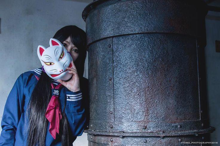 [狐面xセーラー服] 12/23撮影。前から撮影したかった狐面を使っての撮影。1枚だけアップ致します!#狐 #狐面 #foxmask #セーラー服 #セーラ服 #女子高生 #コスプレ #コスプレ撮影 #cosplay #cosplayshooting #廃墟ポートレート #廃墟コスプレ #bootystudio
