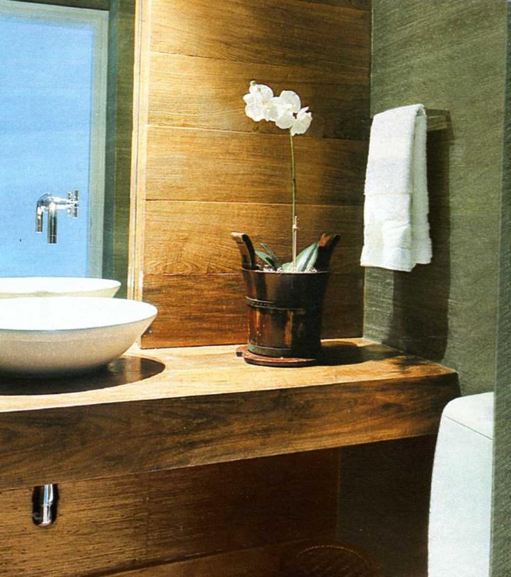 banheiro em madeira