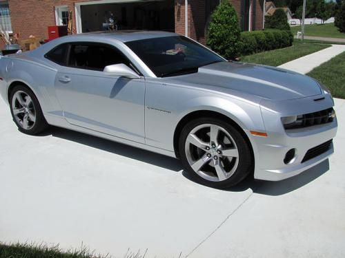 2010, Chevy Camaro 2 SS/RS Mileage: 7,375 Body Style: Coupe Exterior Color: Silver Interior Color: Black VIN: 2g1fk1ej1a9187874 Fuel: Gasoline Transmission: Automanual Drivetrain: RWD Doors: 2 FEATURES: A/C: Front Airbag: Driver Airbag: Passenger Airbag - See more at: http://www.cacars.com/Car//Chevy/Camaro/2_SS/RS/2010_Chevy_Camaro_for_sale_1003015.html#sthash.QXZHrw1p.dpuf