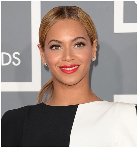 Beyonce @ 2013 Grammys
