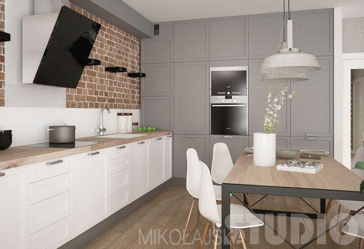 Zarówno w kuchni, jak i jadalni zastosowano drewniane blaty, które świetnie podkreślają inspirację naturą. Jedna strona...