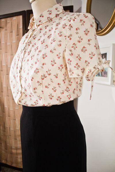 camicia a fiori di riproduzione anni 50 di  Greetzfromtiz  ♥ A vintage way of life ♥  su DaWanda.com