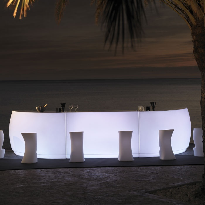 des vnements et des parties vondom fiesta mobilier de jardin barres mobiles les parties barra design design fiesta latest light mobile bars