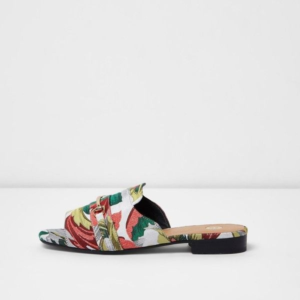 River Island Green floral jacquard backless loafers ($60) ❤ liked on Polyvore featuring shoes, loafers, green, shoes / boots, women, river island shoes, loafer shoes, floral-print shoes, floral shoes and river island