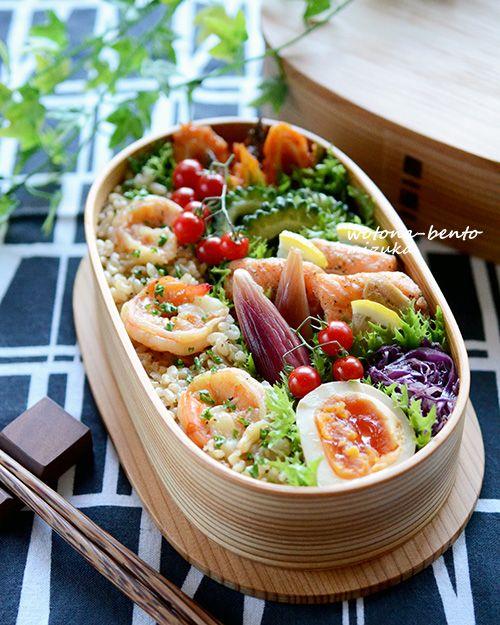 Bento - marinated salmon & shrimp butter rice