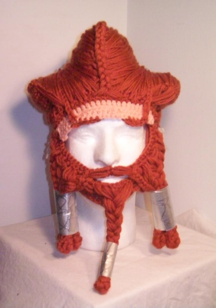 Nori beard made of yarn for The Hobbit. Cool!!