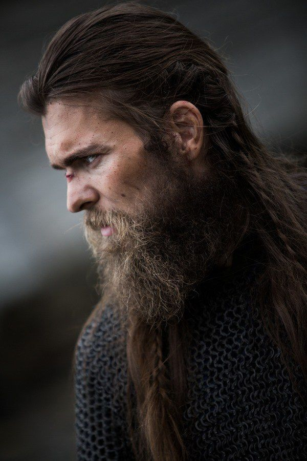 Viking Hairstyle With Braids For Men With Long Hair Vikings Hairstyle Long Hair Styles Men Long Beard Styles Viking Beard