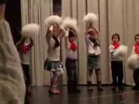 Karácsonyi ovis tánc -december - YouTube