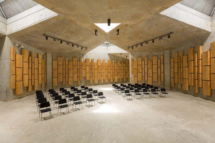 Silletas Park,© Juan Ricardo Ramírez P - Simple, stark materiality soffened by timber acoustic paneling