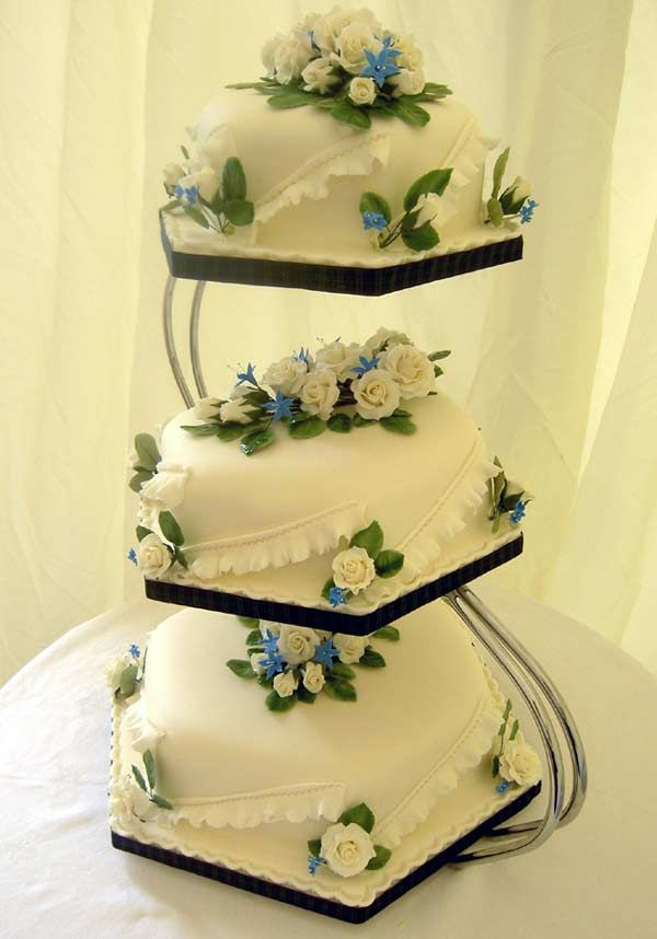 two tiered square wedding cake ideas ivory cakes this three tier hexagonal fruit cake was 21337