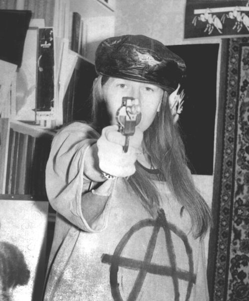Yanka Dyagileva of Siberian underground punk scene in the Soviet Union (January 1988)