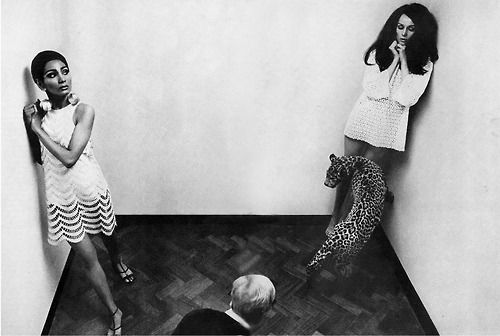 Photo by Helmut Newton, 1966.