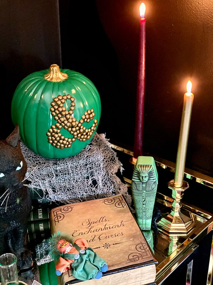 15 Easy And Cheap Halloween Decoration Ideas Anyone Can Do Easy Diy Halloween Decorations Halloween Party Decor Diy Cheap Halloween Diy