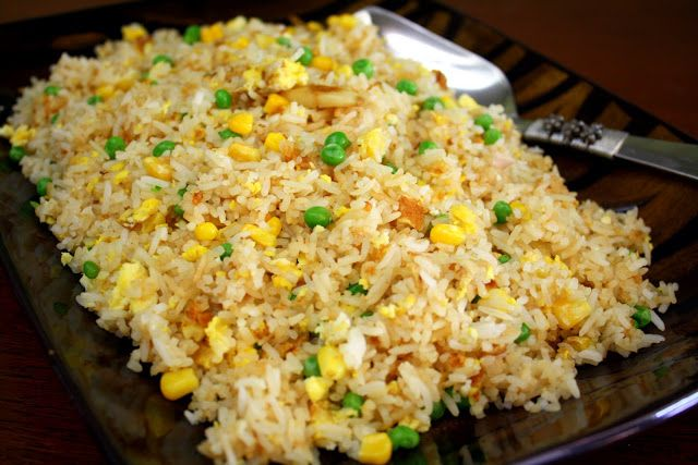 Manila Spoon: Fried Rice (Sinangag). Easy and flavorful rice recipe.