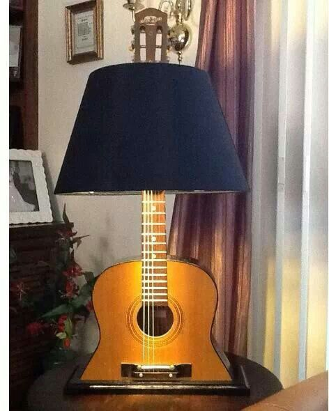 This shall be made soon! Acoustic guitar lamp. Amazing