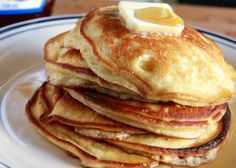 Edna Mae's Sour Cream Pancakes from The Pioneer Woman - so light & fluffy!