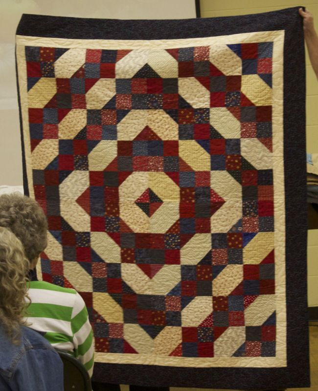 35 best Sewing for Soldiers images on Pinterest | Patriotic quilts ... : quilts for soldiers - Adamdwight.com