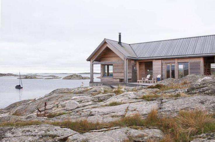 Tett pÅ sjØen: denne hytta på hvaler er tegnet av arkitekt cecilie ...