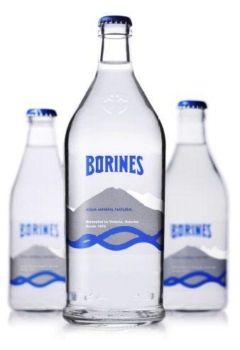 Agua mineral natural