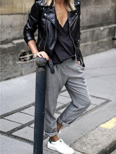 Perfecto + pantalon masculin + t-shirt loose + baskets blanches