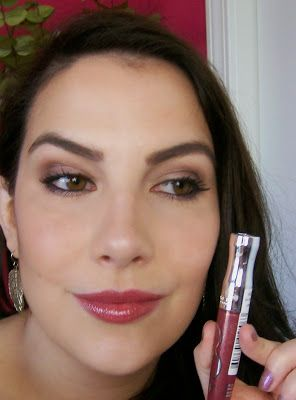 This is how a Dark Winter woman does a natural lip | Rimmel Stay Glossy Lip Gloss in All Night Long