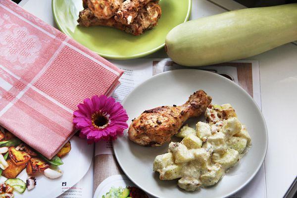 Foodclub — кулинарные рецепты с пошаговыми фотографиями - Курица тандури и кабачки в сливочном соусе
