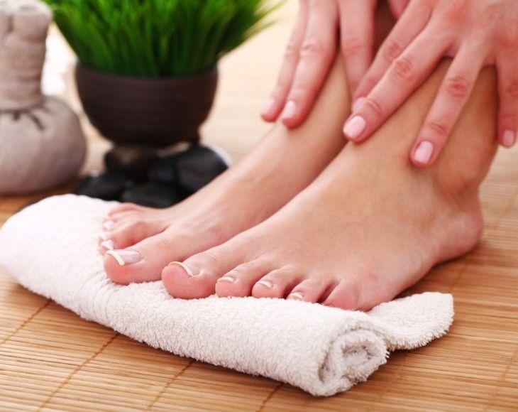 Unghie spesse e ingiallite? tutti i rimedi per la micosi alle unghie dei piedi