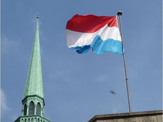 The flag of Luxembourg is similar to the flag of the Netherlands, although this is merely a coincidence. Luxembourg's flag colors are from the coat of arms, not the flag of the Netherlands.