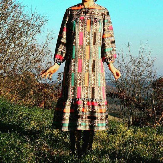 Guarda questo articolo nel mio negozio Etsy https://www.etsy.com/it/listing/273735096/vintage-70s-floaty-dress-boho-hippie