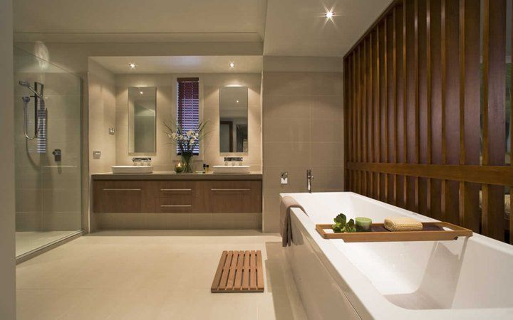 Laguna Master's Bath
