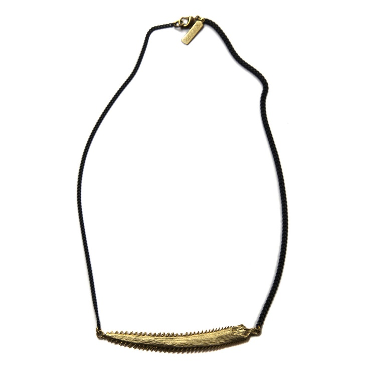 brass fish jaw collar necklace