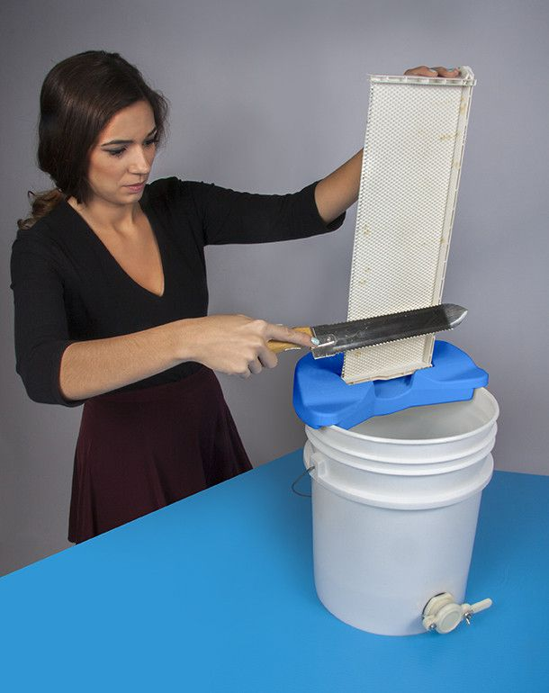 A unique and user-friendly take on an age-old beekeeper requirement. Features Cut up or down Works with all uncapping tools Drainage system directs honey and ca
