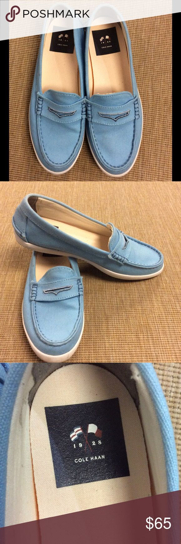 Cole Haan PINCH WEEKENDER Women US 8.5 Blue Loafer In excellent condition. Cole Haan Shoes Flats & Loafers