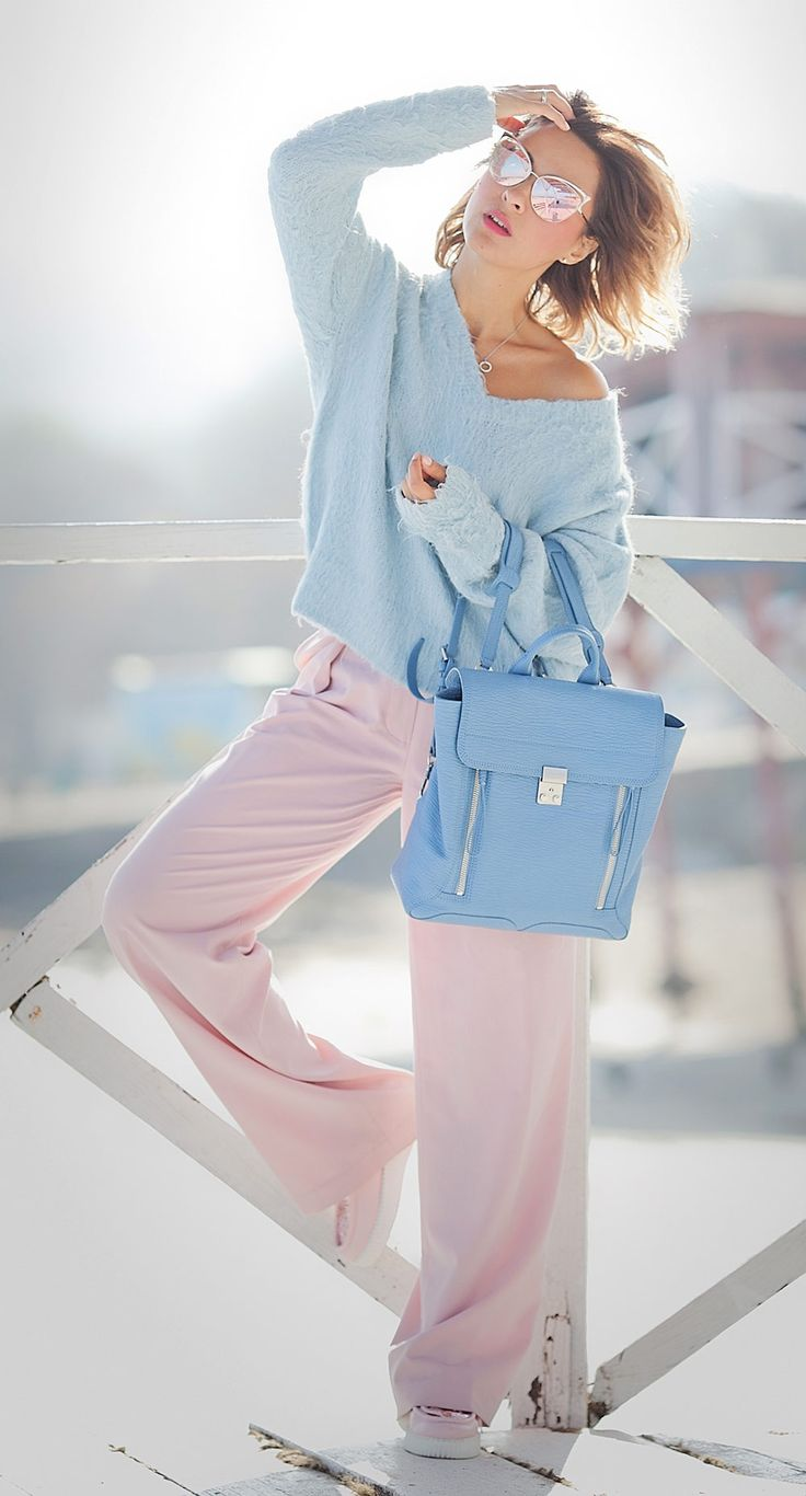 VACATION[winter]: pastel blue and pastel pink