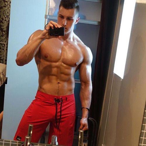 Naked Muscled Men 74