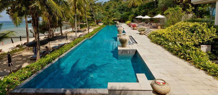 Poolen på Trisara Phuket