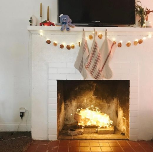 49+ Fireplace with fairy lights trends